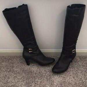 Karen Scott Brown Leather Boots